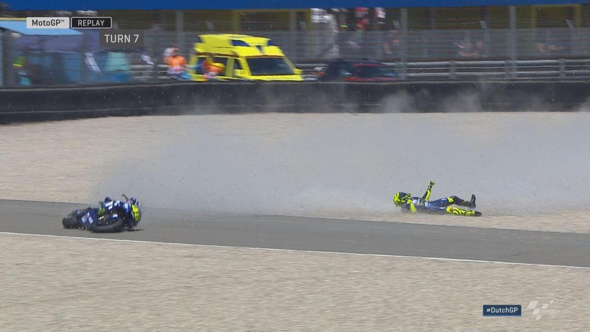 MotoGP FP4 - Crash Valentino Rossi