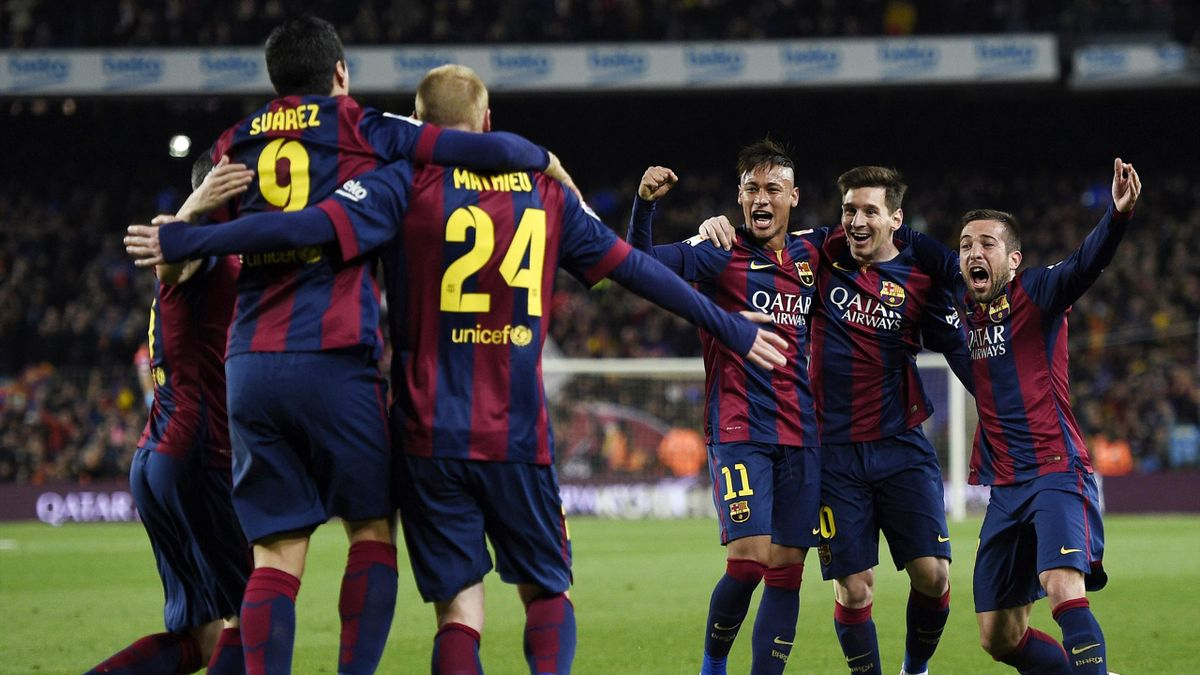 Neymar, Messi, Mathieu (FC Barcelona) celebrate Jérémy Mathieu goal vs Real Madrid on March 22, 2015