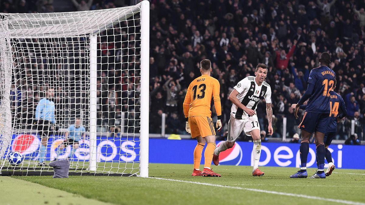 La gioia di Mario Mandzukic dopo la rete segnata al Valencia, Juventus-Valencia, Champions League, Getty Images