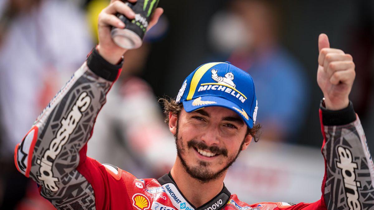 MotoGP | Bagnaia verslaat Marquez en pakt eerste zege