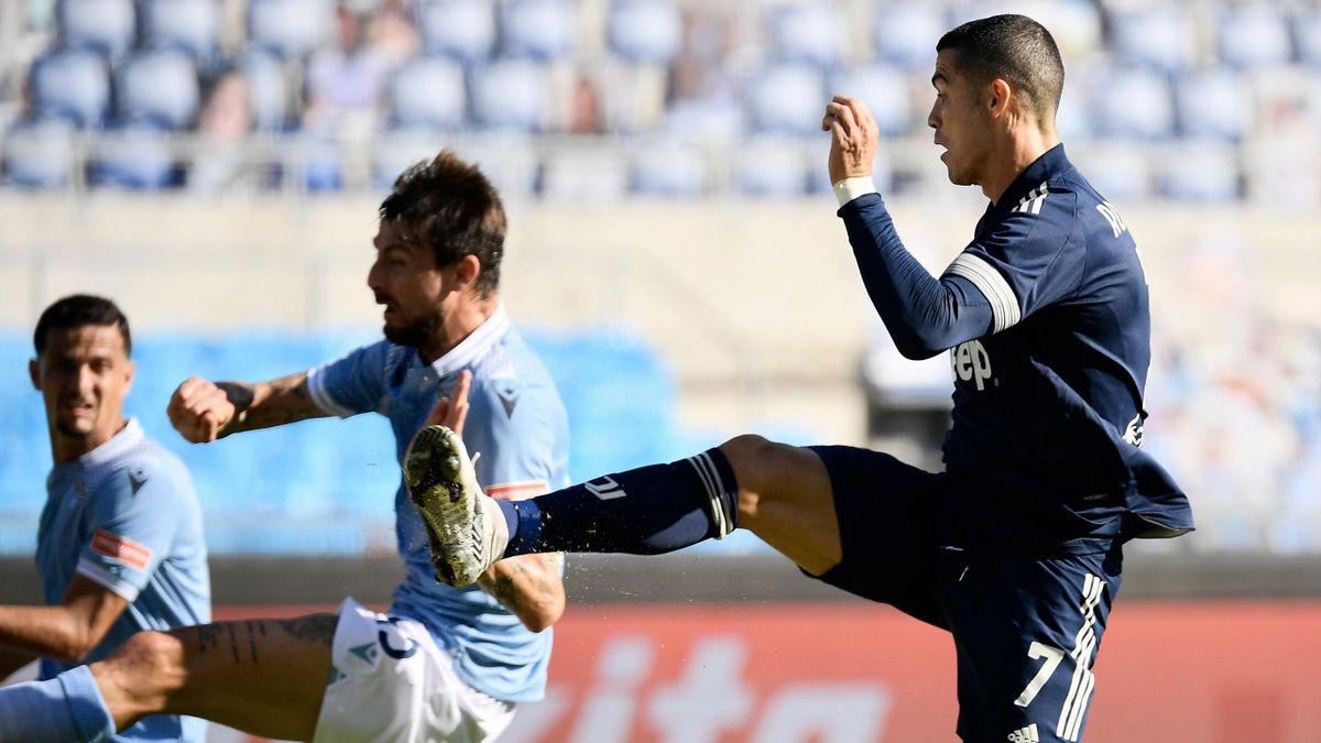 Cristiano Ronaldo segna il gol che sblocca il risultato di Lazio-Juventus, Getty Images