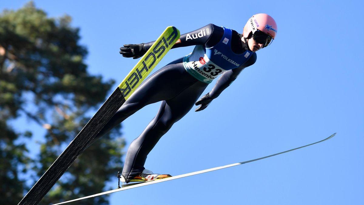 """Karl Geiger ist """"Skisportler des Jahres"""" 2021"""