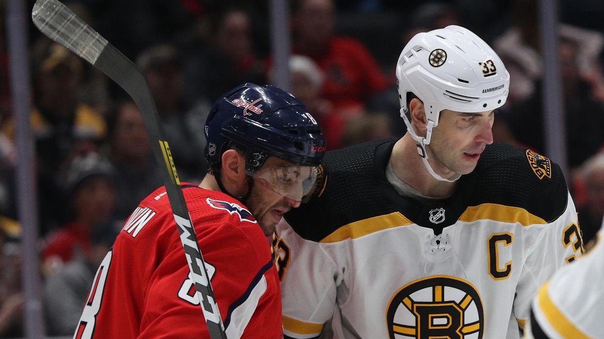 Александр Овечкин и Здено Хара в матче «Вашингтон» – «Бостон»