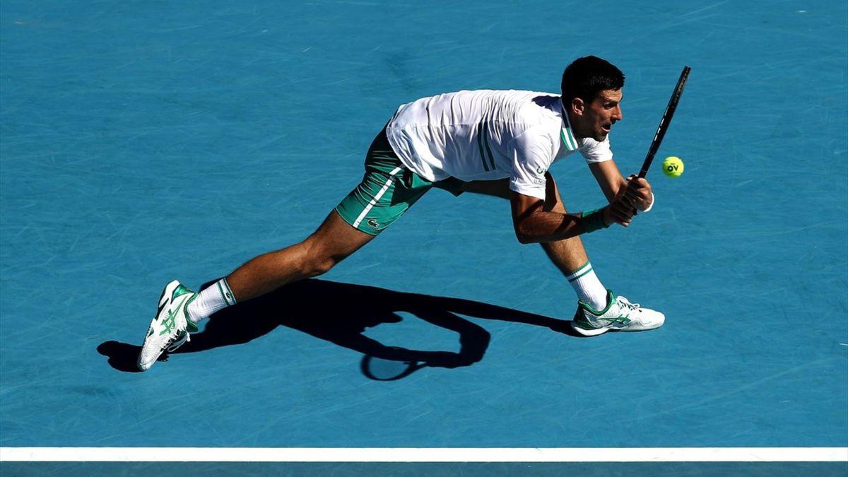 Djokovic stevig op de proef gesteld door Frances Tiafoe