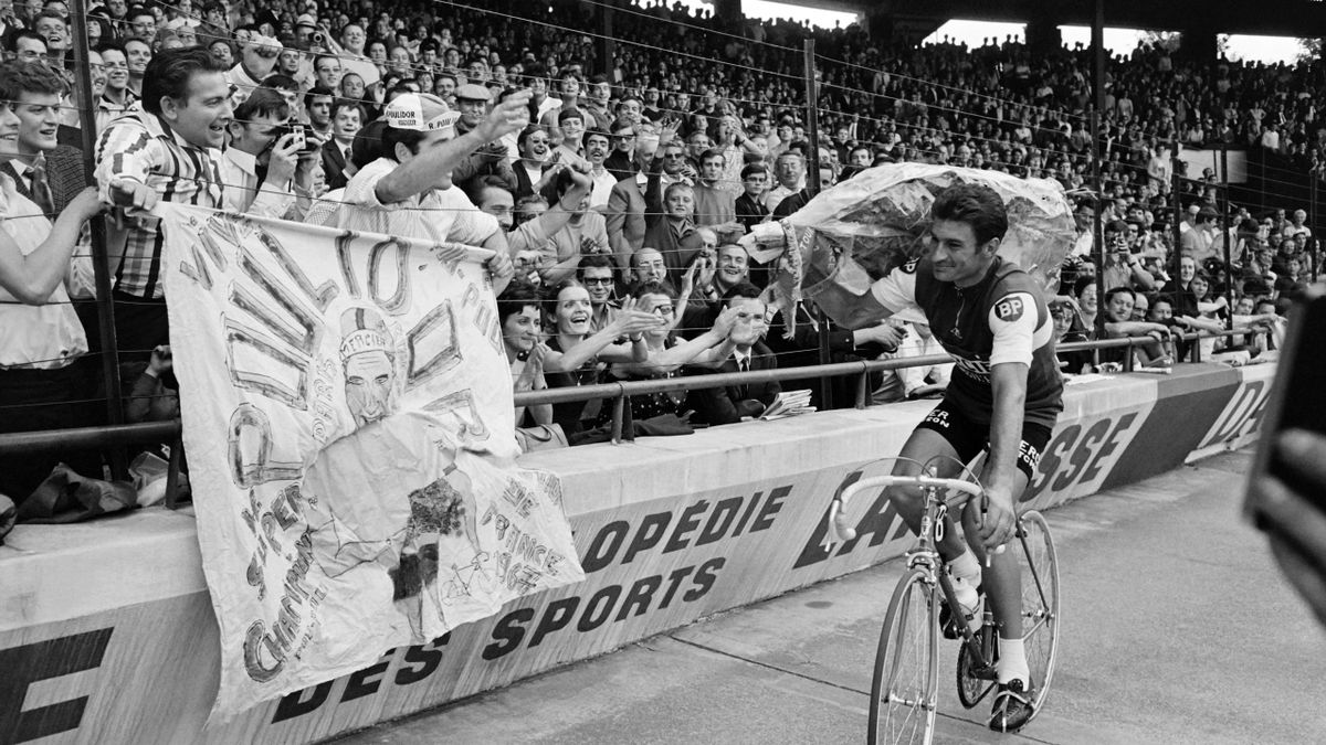 French Bicycle racer Raymond Poulidor wins the Individual time trial course of the 22th stage of the 1967 Tour de France, on July 23, 1967 in Paris.