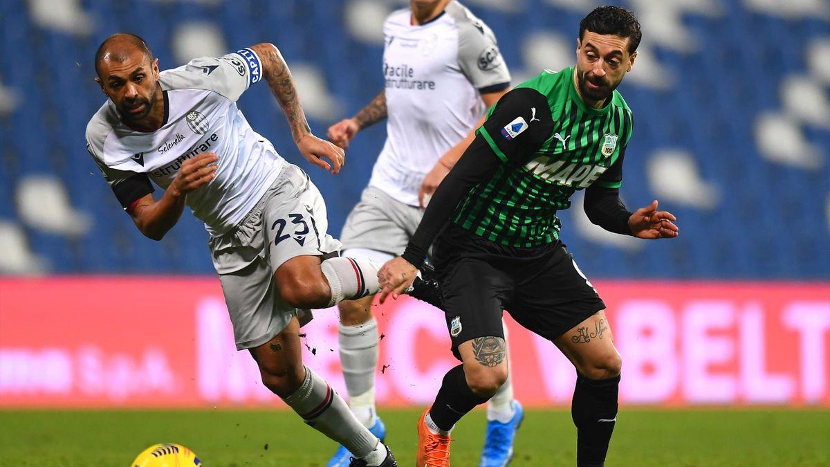 Danilo contro Caputo in Sassuolo-Bologna
