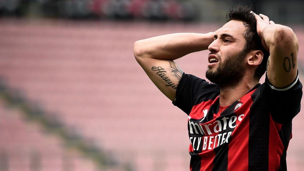 Hakan Calhanoglu - Milan Serie A 2020-21