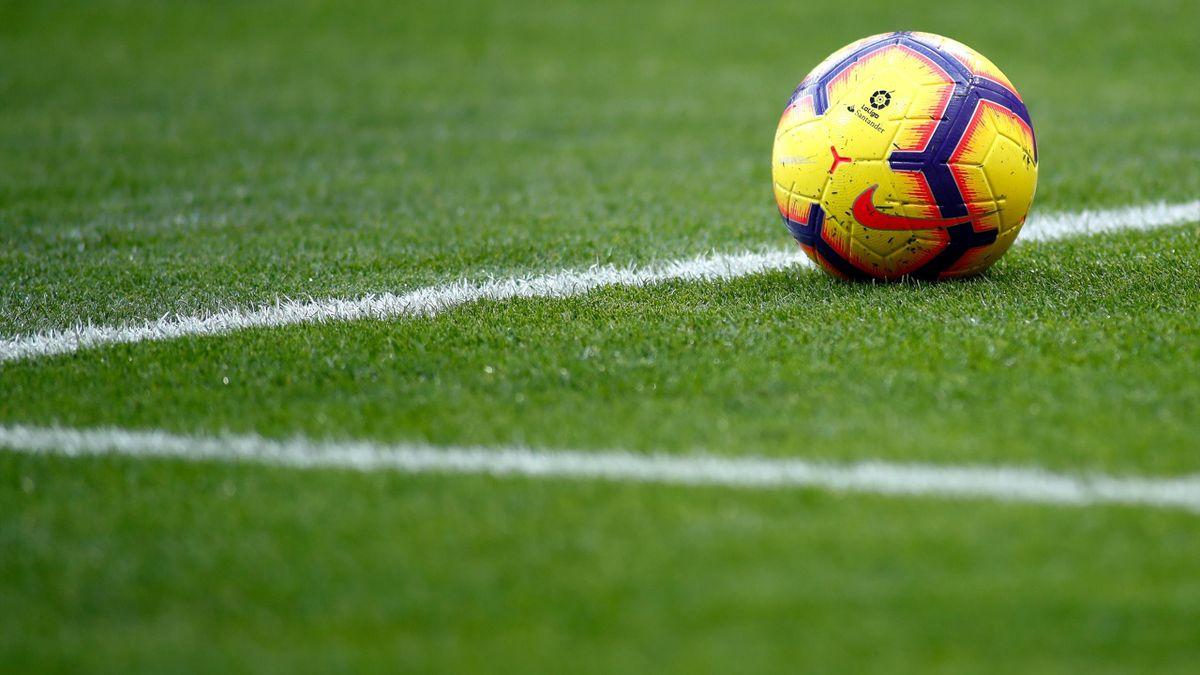 Fotbalul, întrerupt de pandemia de coronavirus