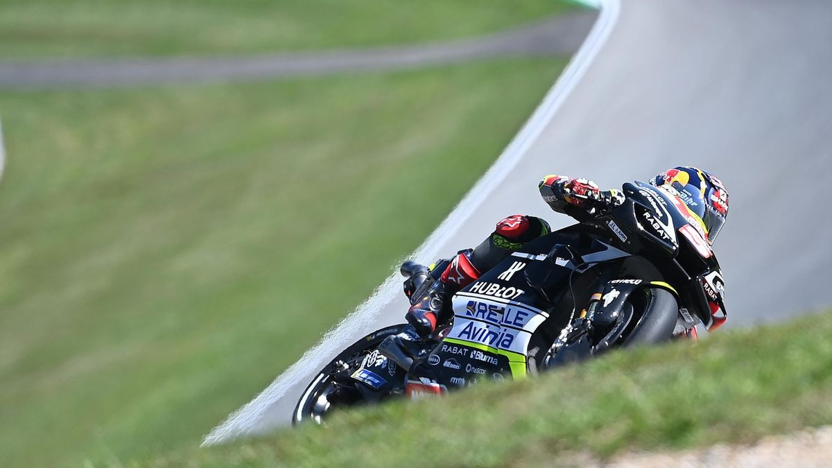 Esponsorama Racing´s French rider Johann Zarco rides his bike during the qualification of the Moto GP Czech Grand Prix at Masaryk circuit in Brno on August 8, 2020.