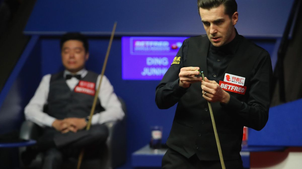 Mark Selby of England in action during his semi-final match against Ding Junhui