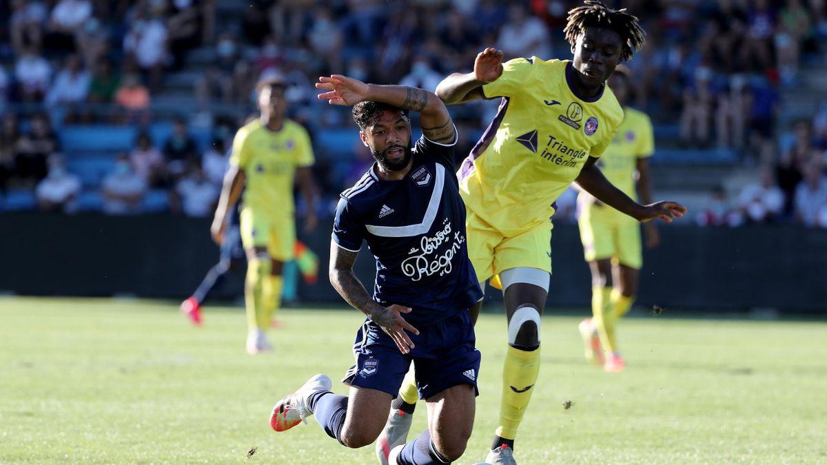 Les Bordelais et les Toulousains, ici opposés en amical à l'été 2020, vont se retrouver en 32es de finale de la Coupe de France.