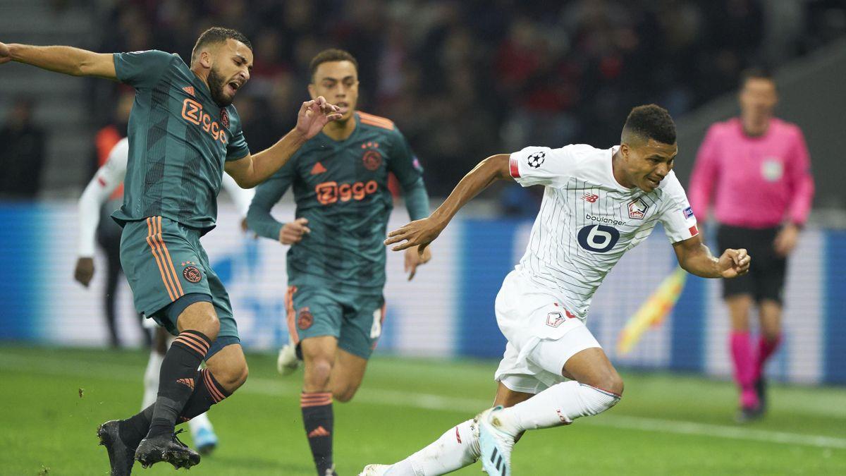 Zakaria Labyad face à Jose Fonte lors de Lille - Ajax, 2019