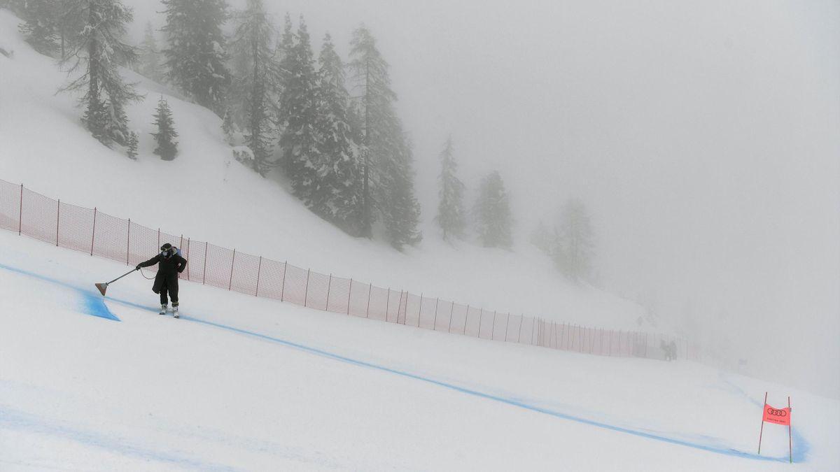 Nebel stoppt den Super-G bei der WM in Cortina d'Ampezzo
