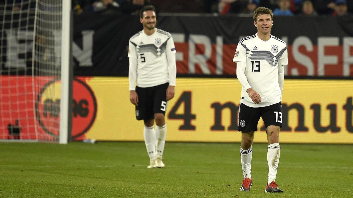 Thomas Müller (vorne) und Mats Hummels - DFB