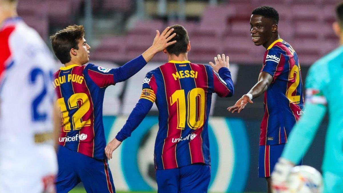 Ilaix Moriba & Leo Messi & Riqui Puig