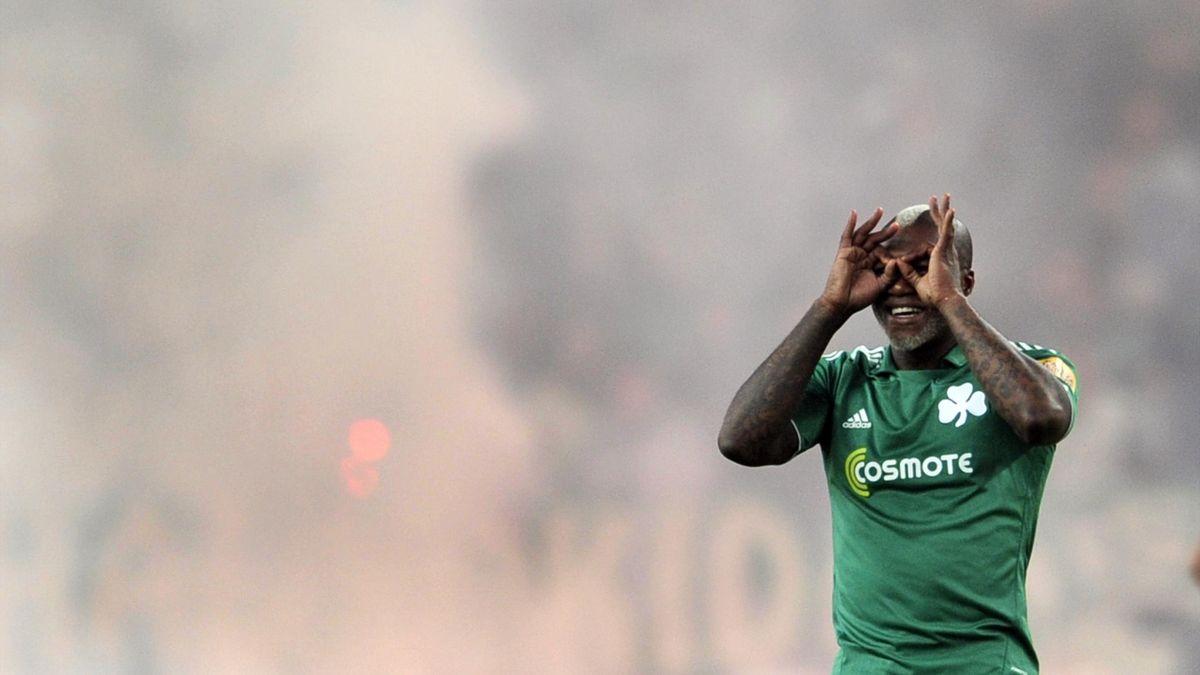 Djibril Cissé avec le Panathinaikos