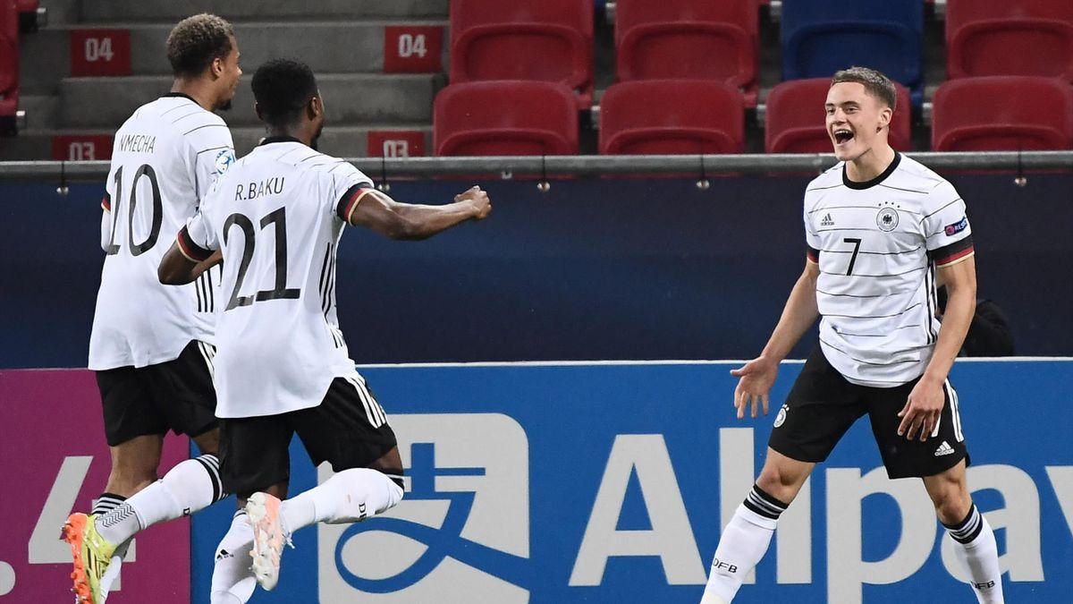 Florian Wirtz (right; Germany) against Netherlands - Under 21