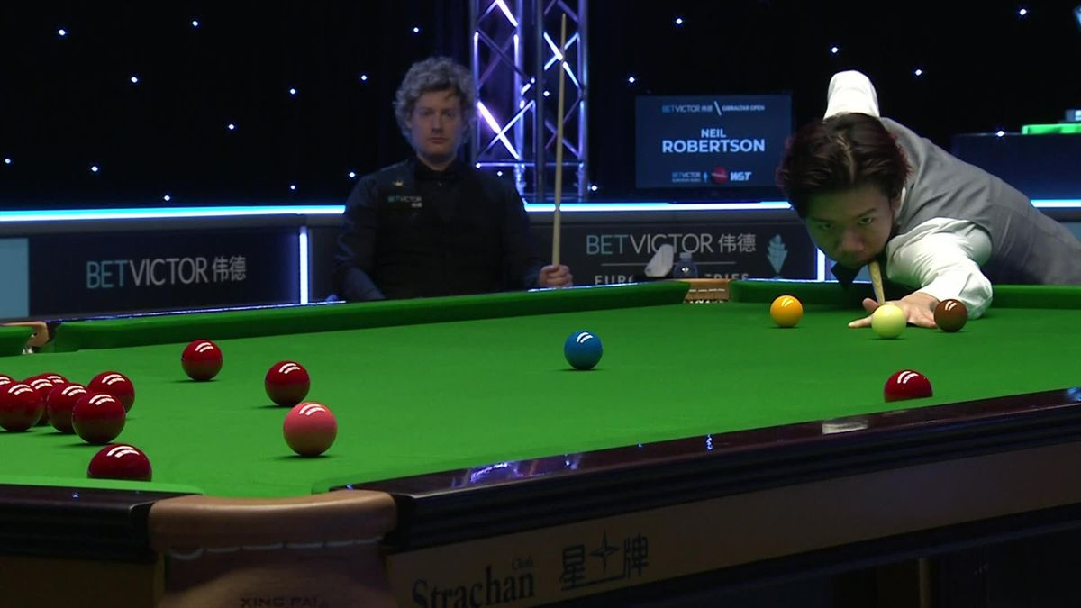 'What a shot that was!' - Lei Peifan produces outrageous red