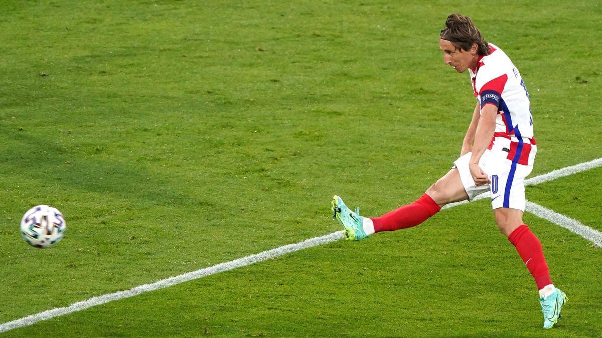Le superbe extérieur du pied de Luka Modric lors de Croatie - Ecosse, le 22 juin 2021