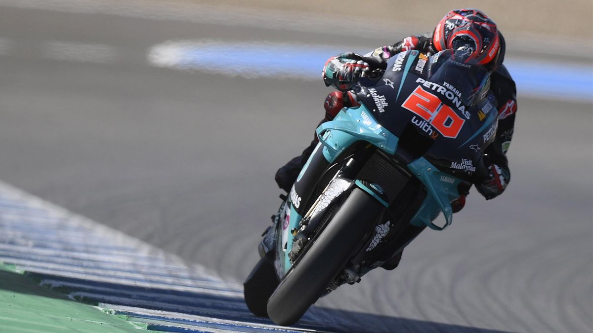 Fabio Quartararo of France and Petronas Yamaha SRT heads down a straight during the MotoGP Tests In Jerez at Circuito de Jerez on July 15, 2020 in Jerez de la Frontera, Spain