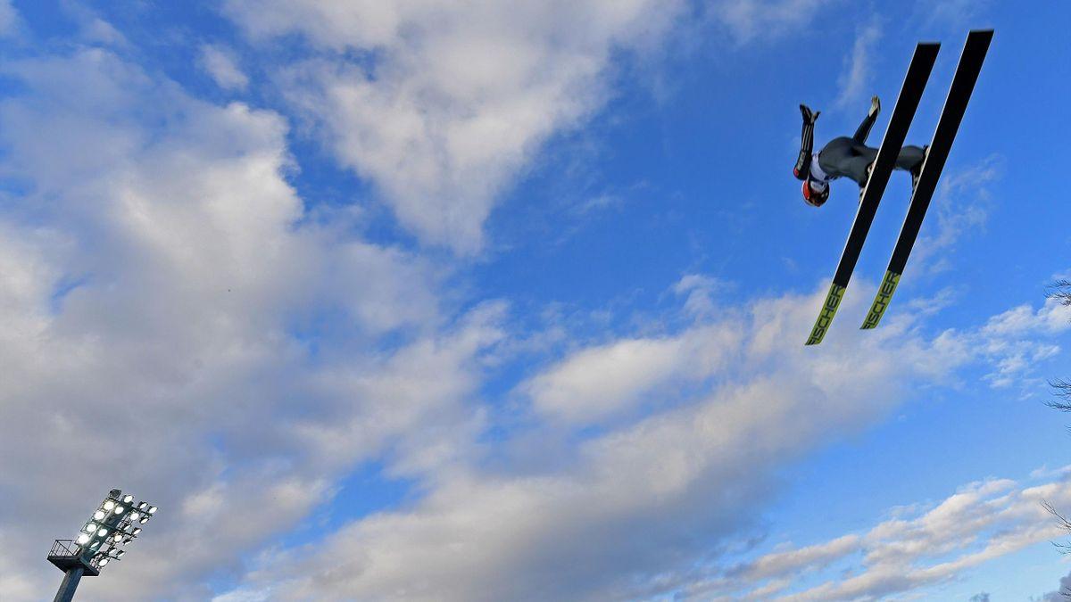 Skispringen in Wisla (World Cup), 18 november 2017