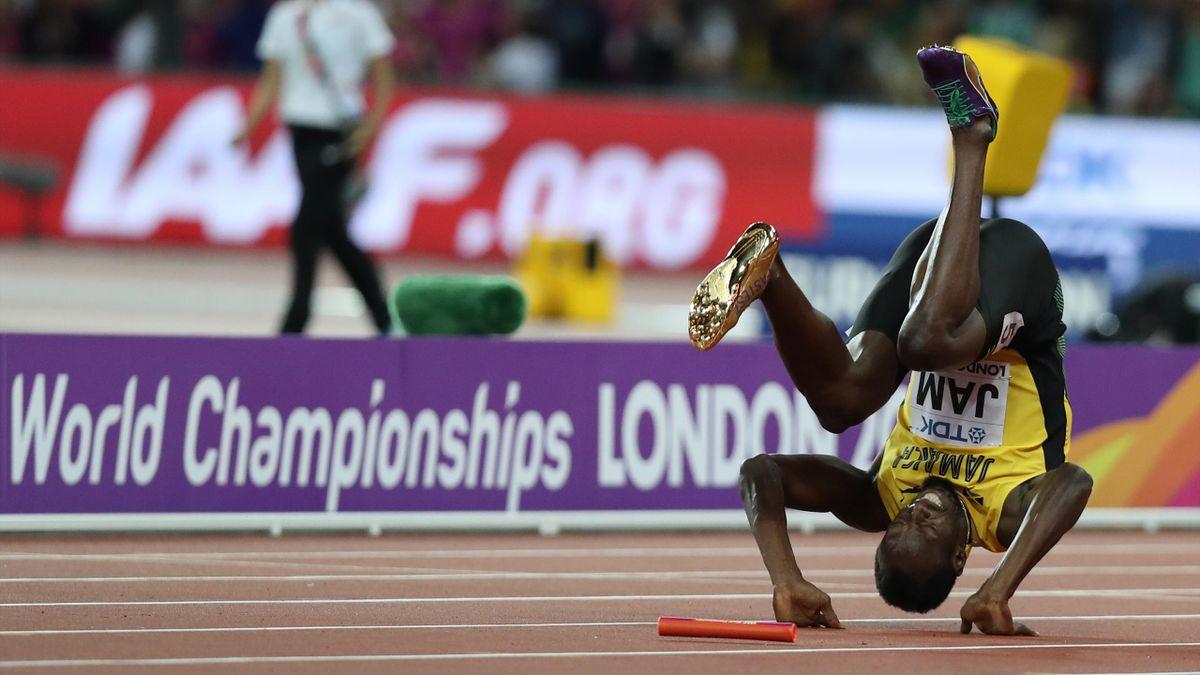 Usain Bolt en galipette pour sa dernière course