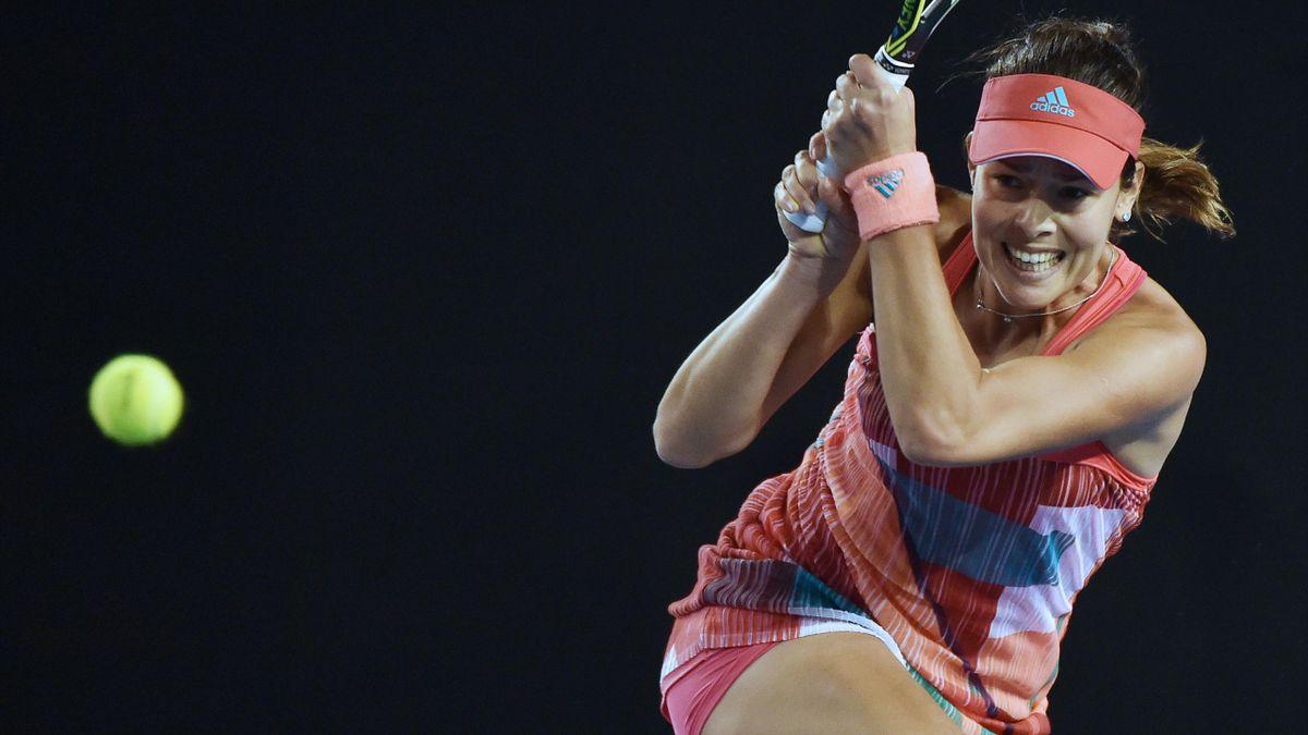 Der Zweitrundensieg von Ana Ivanovic wurde von einem schweren Sturz einer Zuschauerin überschattet