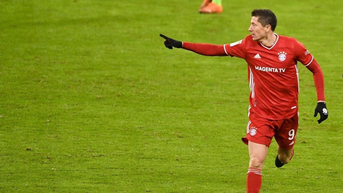 Robert Lewandowski, buteur avec le Bayern face à Wolfsburg en Bundesliga