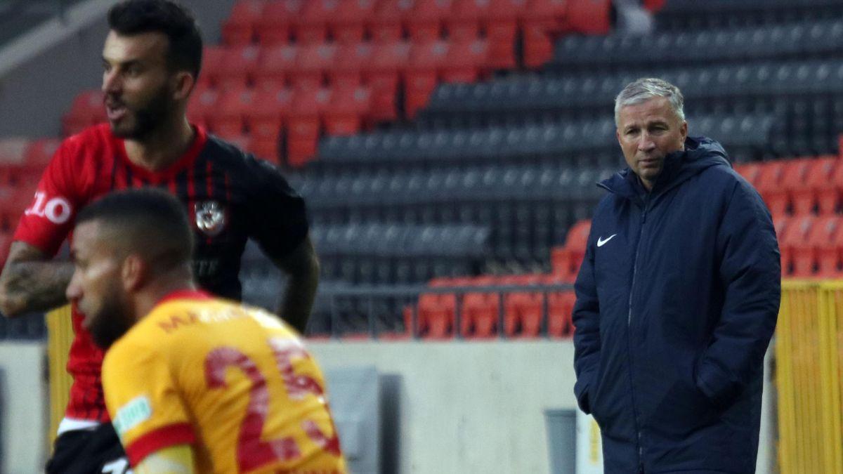 Dan Petrescu a debutat pe banca lui Kayserispor