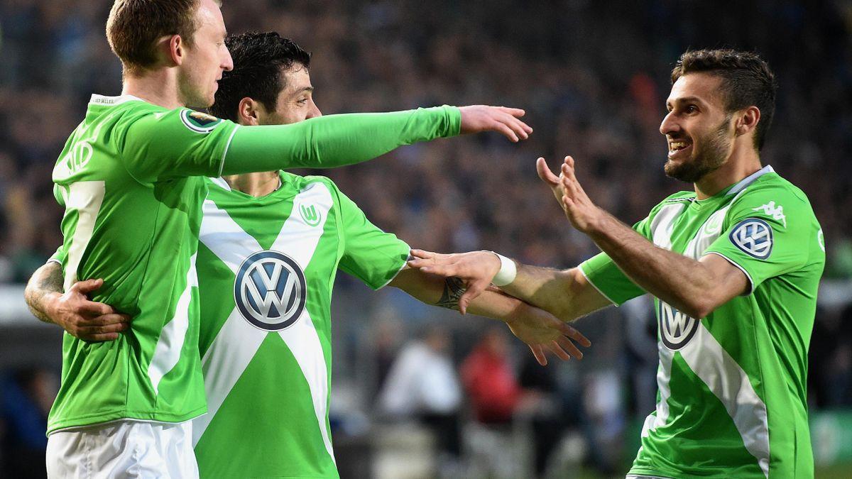Final-Ticket gelöst: Wolfsburg gewinnt klar in Bielefeld
