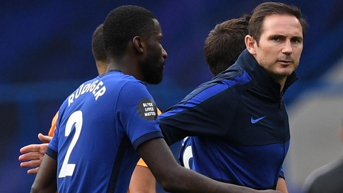 Antonio Rudiger se numără printre jucătorii care ar putea pleca de la Chelsea în următoarea perioadă