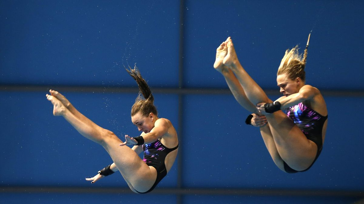 Tonia Couch and Lois Toulson in the European Aquatics Championships