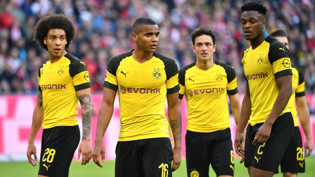 Axel Witsel, Manuel Akanji, Thomas Delaney und Dan-Axel Zagadou von Borussia Dortmund