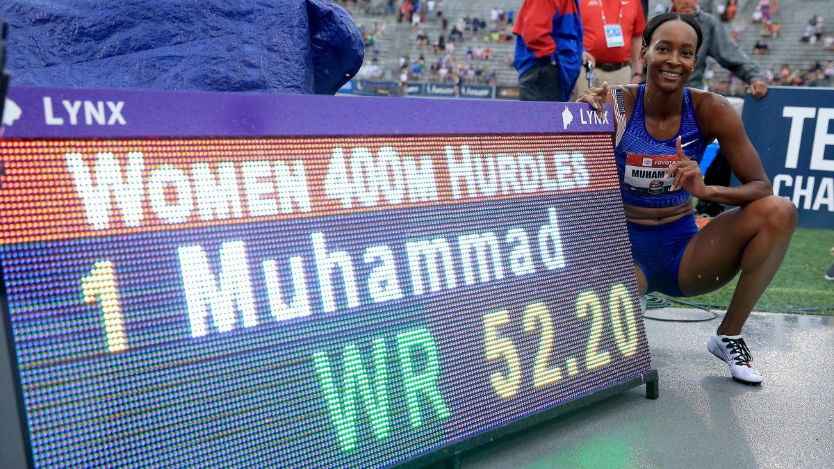 Dalilah Muhammad célèbre son record du monde du 400 m haies