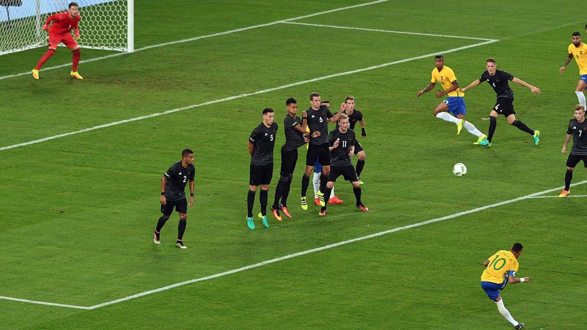 Le coup franc de Neymar - Finale JO Rio 2016 Brésil Allemagne