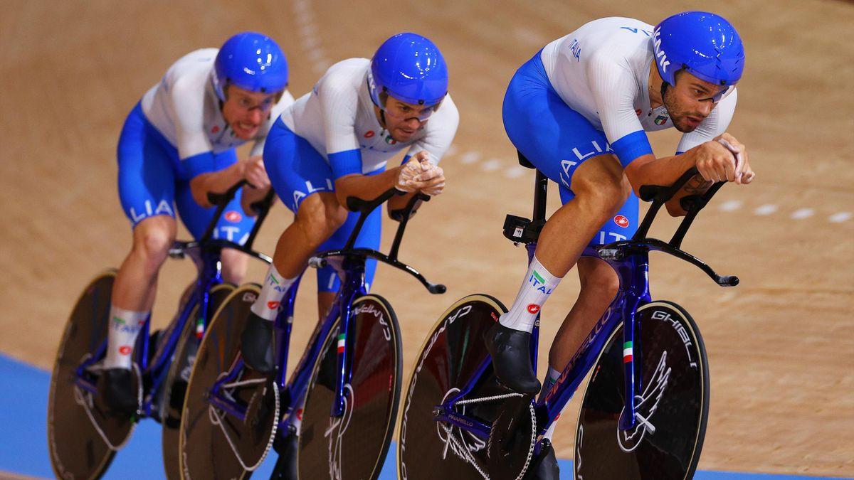 Filippo Ganna e il gruppo azzurro della pista, Ciclismo su Pista, Tokyo 2020 Getty Images