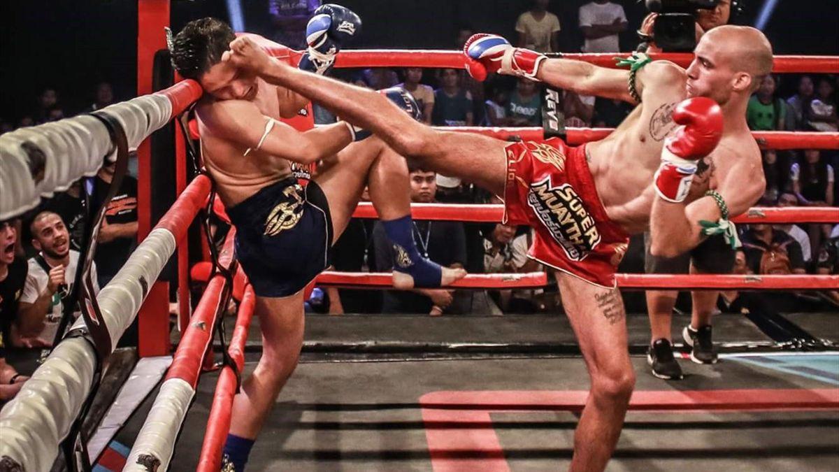 Carlos Coello, Super Muay Thai