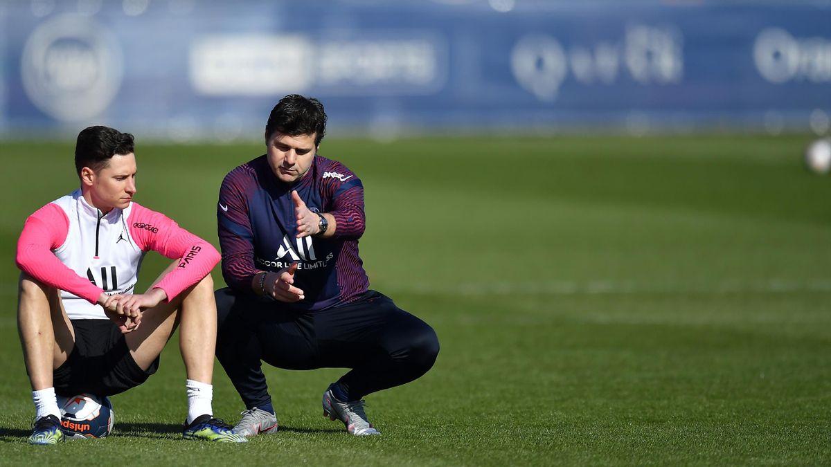 Julian Draxler et Mauricio Pochettino à l'entraînement du PSG