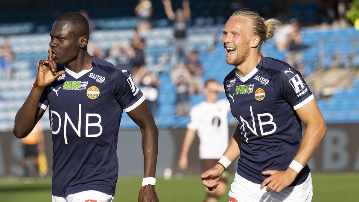 Moses Mawa, Lars-Jørgen Salvesen