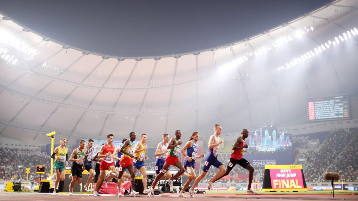 A general view as Timothy Cheruiyot of Kenya and Heat 1 compete in the Men's 1500 metres semi finals during day eight of 17th IAAF World Athletics Championships Doha 2019 at Khalifa International Stadium on October 04