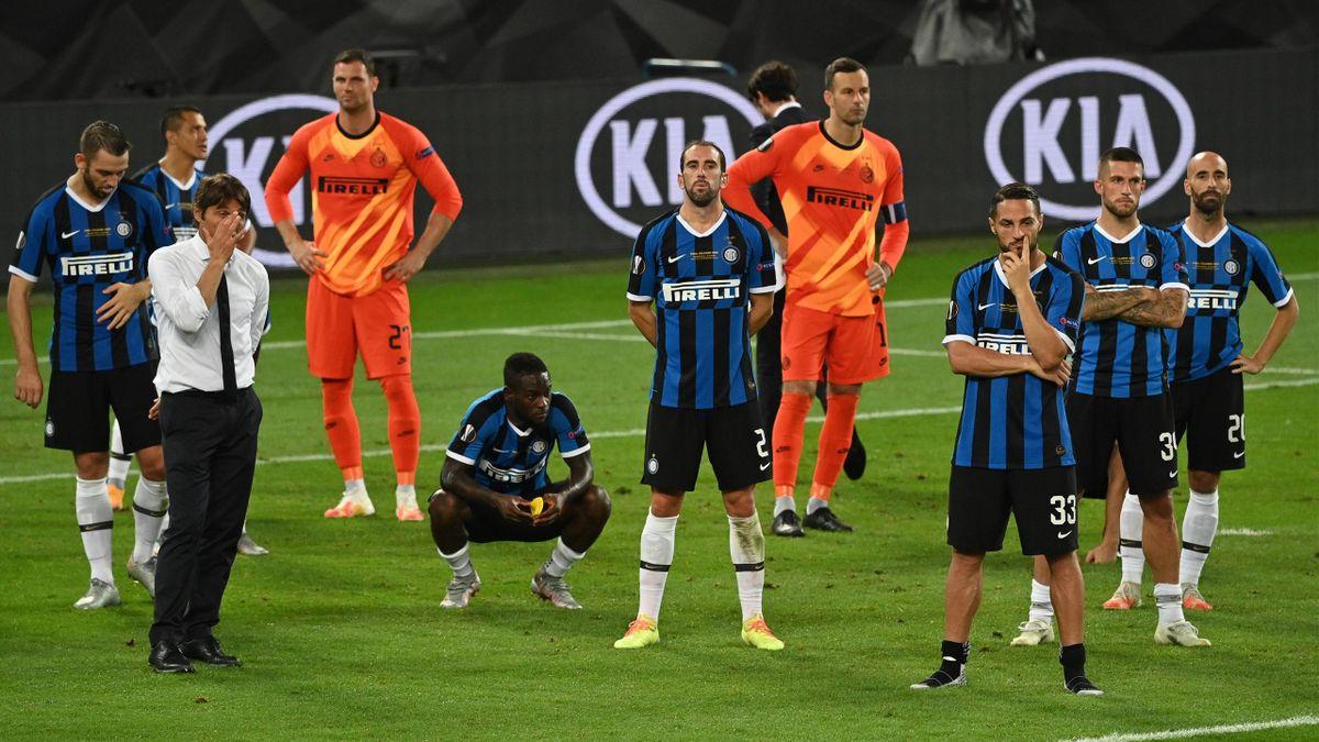 L'amarezza dei giocatori dell'Inter a fine partita, Siviglia-Inter, Getty Images