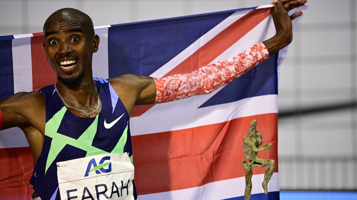 Mo Farah broke the one-hour world record