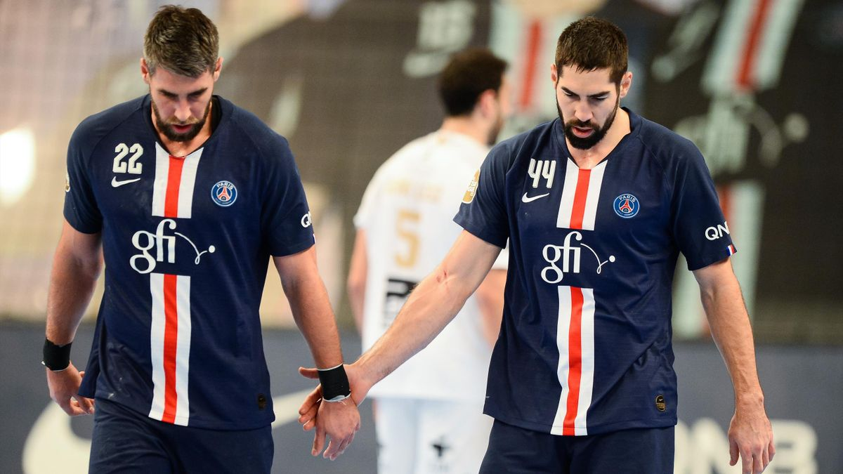 Luka et Nikola Karabatic (PSG) lors d'un match de championnat face à Aix
