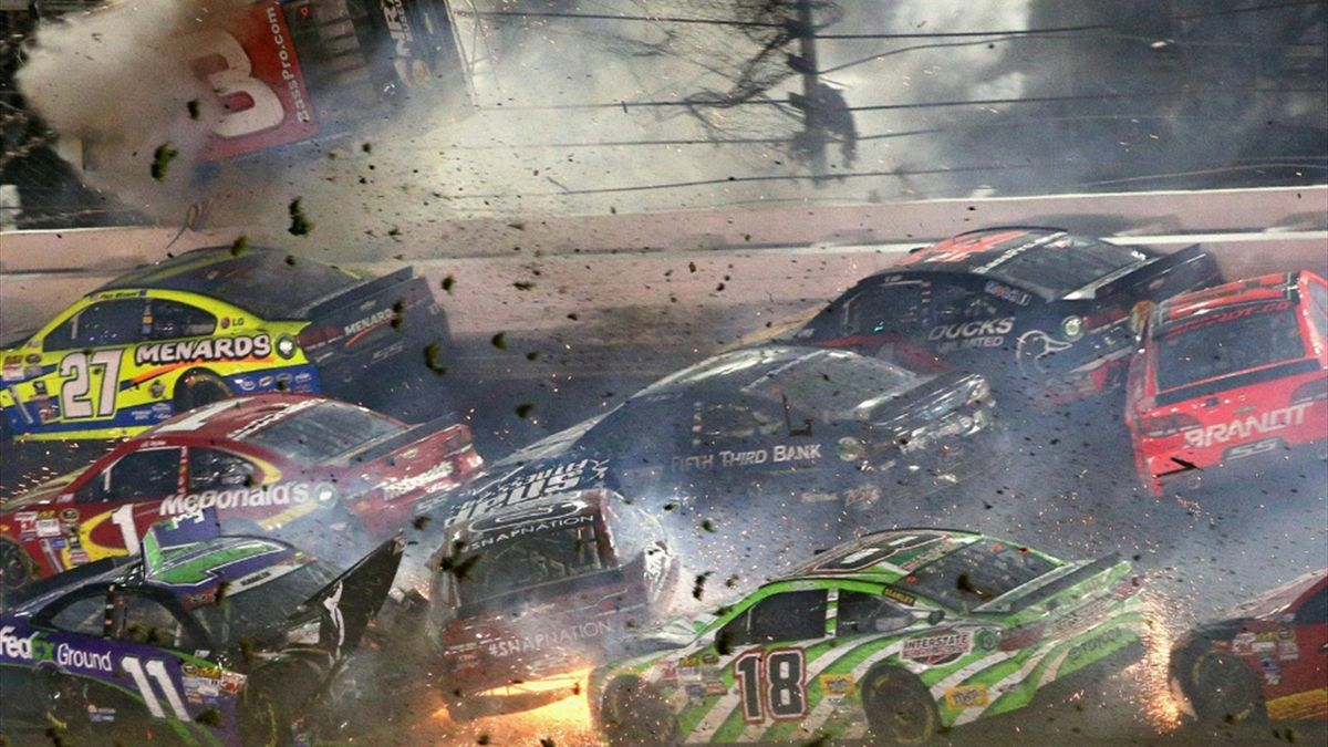 Der schwere NASCAR-Unfall verlief glimpflich