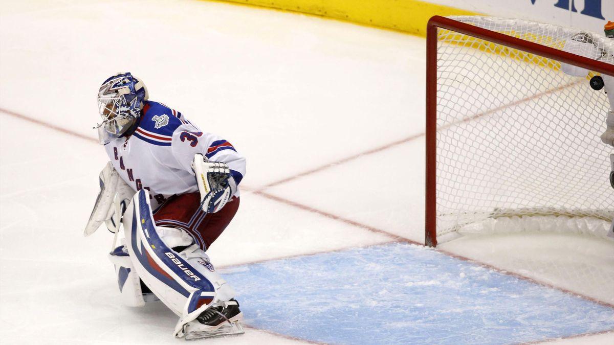 New York Rangers goalie Henrik Lundqvist (Reuters)