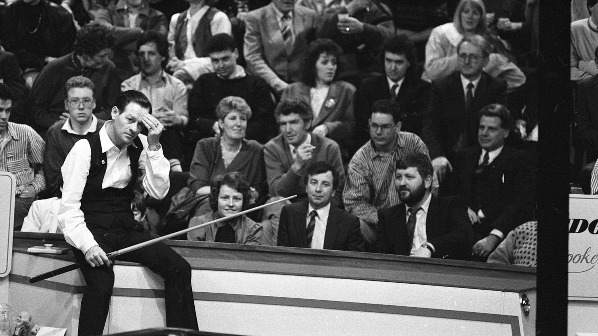 Alex Higgins in action at the Irish Masters in 1990.
