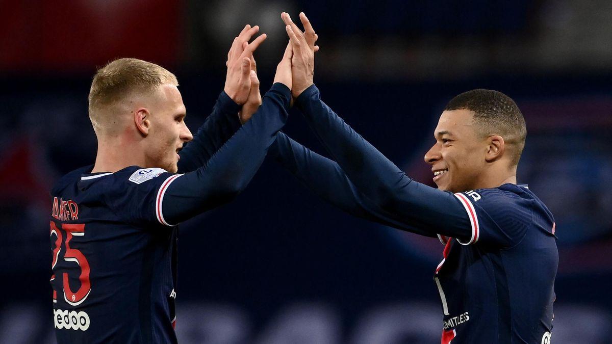 Mitchel Bakker (l.) wechselt zu Bayer Leverkusen
