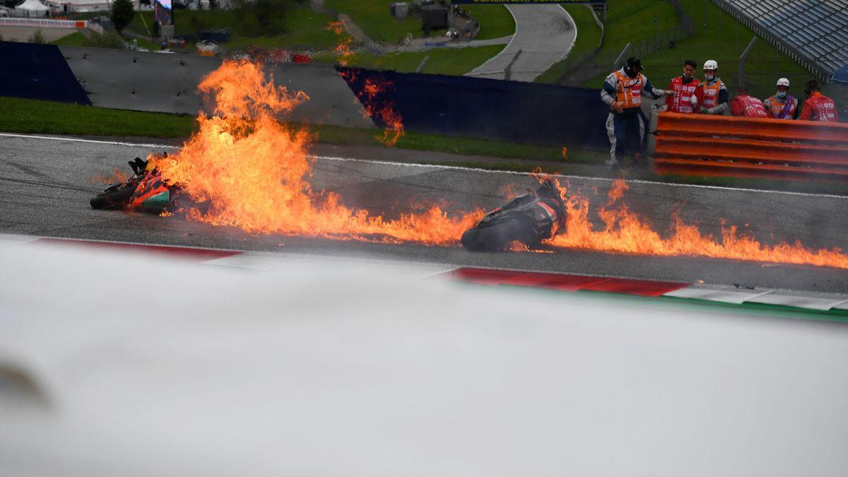 L'accident spectaculaire en début de course en Moto GP au Grand Prix de Styrie