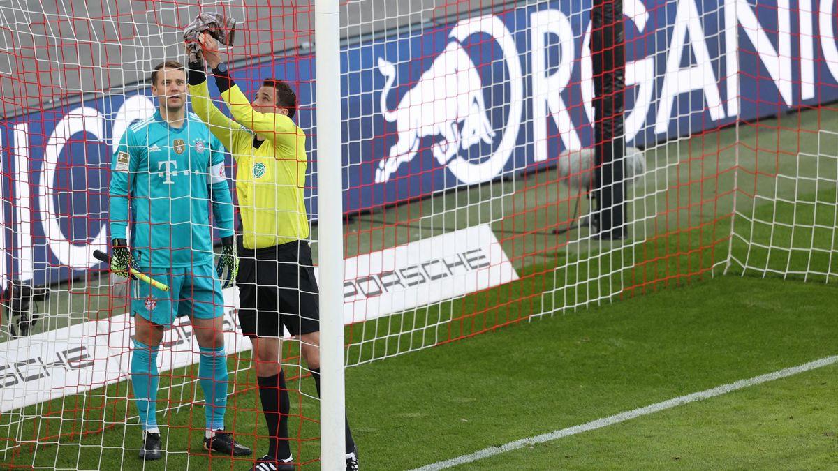 Der Anpfiff zwischen RB Leipzig und dem FC Bayern verzögert sich wegen eines kaputten Tornetzes
