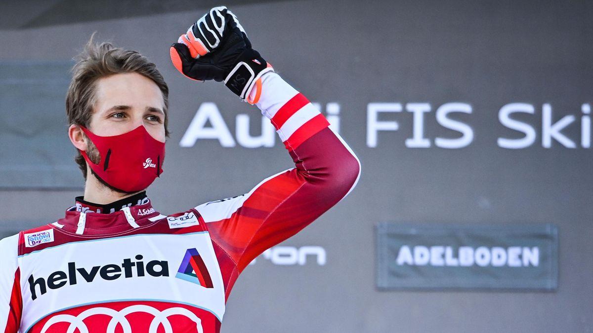 Marco Schwarz savoure sa victoire lors du slalom d'Adelboden